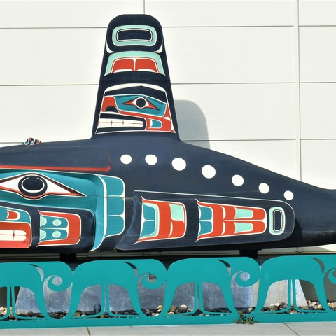 Jamestown S'Klallam - Orca Carving